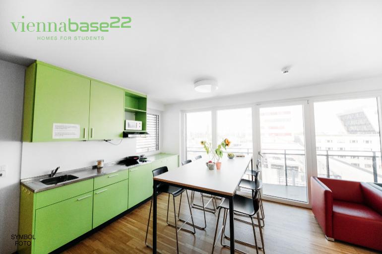 Base22_133-NEU_final.jpg