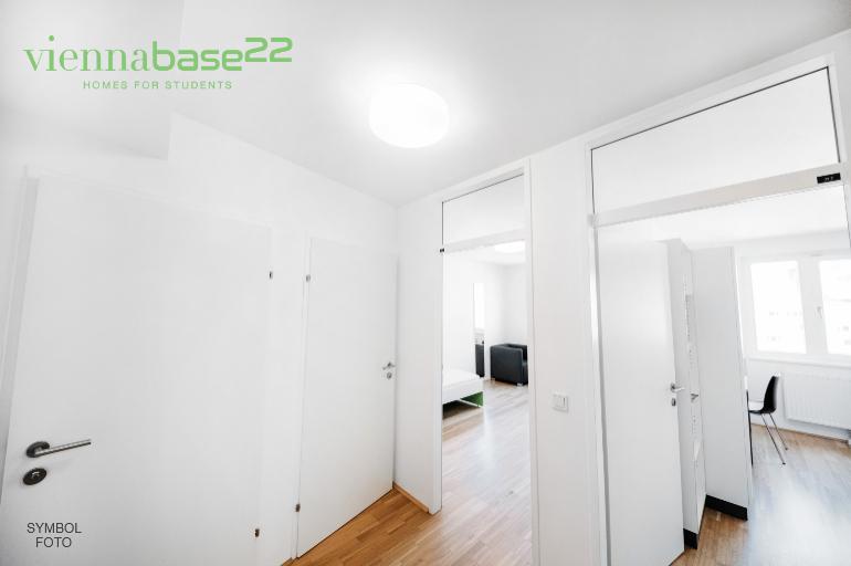Base22_170-NEU_final.jpg